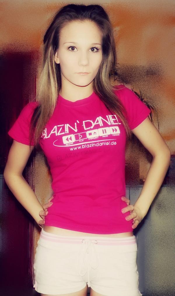 19. Standard-Shirt-Pink-6-Tracy