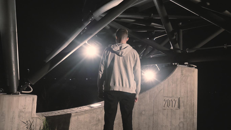 Blazin'Daniel - Ground Zero (Official Video).00_00_31_48.Standbild014