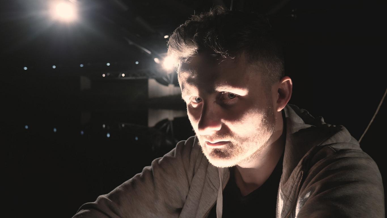 Blazin'Daniel - Ground Zero (Official Video).00_01_55_53.Standbild020