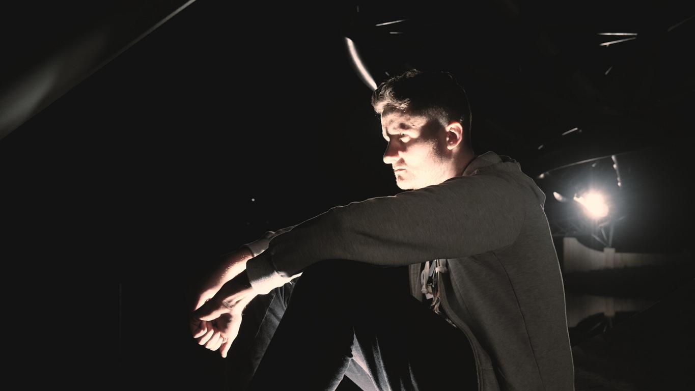 Blazin'Daniel - Ground Zero (Official Video).00_06_28_23.Standbild035