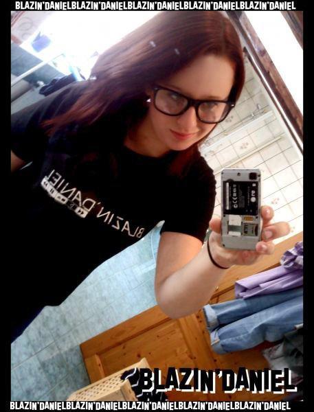 Retro-Shirt-1-Kirsty